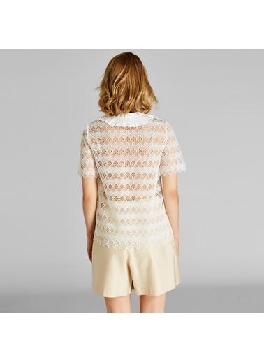 Vekem-Limited Edition Yakası Büzgülü Dantel Bluz Beyaz